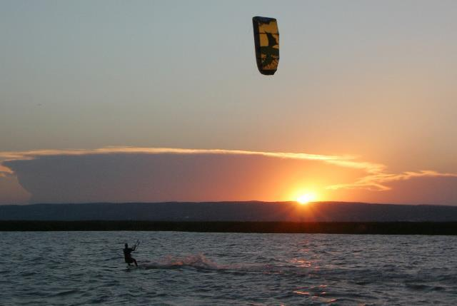 Hang on! Kiteboarding School